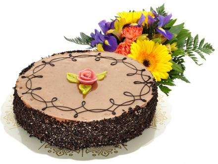 Send Flowers/Cake Chocolate Cake 8 pieces and Bouquet